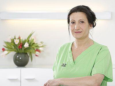 Aleksandra Nowak ist zertifizierte Zahnmedizinische Fachassistenz