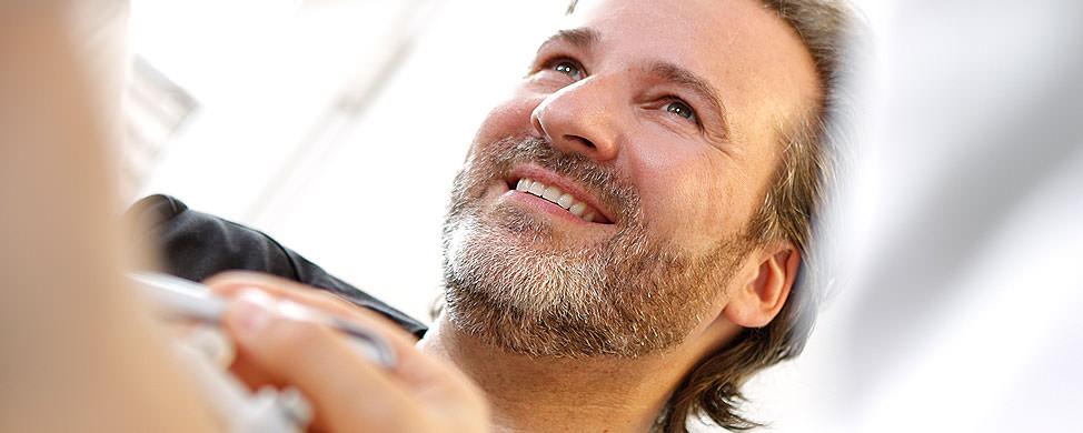 Dr. Carsten Rien - Zahnarzt für Endotontie - Spezialist in Göttingen
